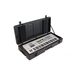 SKB Cases Roto Molded 61 Note Keyboard Case 42 x 15 x 7 | 5