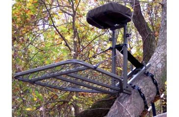 Amacker Outdoors Jack Plate TIMB-R-LOCK Tree Stand AM82013, deployed in the field