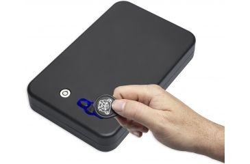 7-Bulldog Cases Digital Personal Vault w/LED and RFID