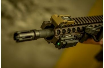 8-LaserMax Uni-Max Picatinny Rail Mounted Lasersight, Green