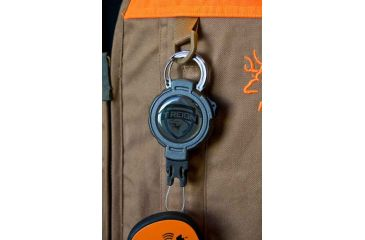 T-Reign Retractable Gear Tether Hunting Series, Xtra Duty, 14oz w/ 36in Kevlar Cord, Carabiner, Camo, Large 0TRG-241